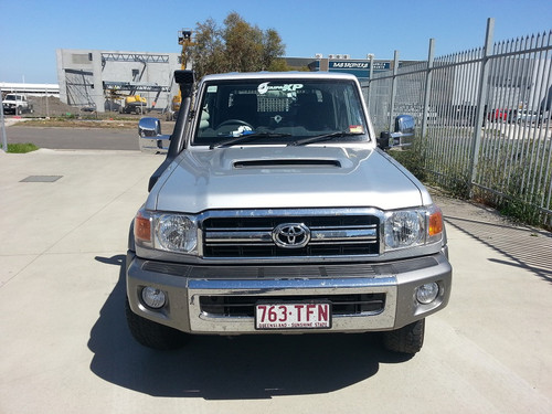 Chrome Towing Mirrors installed on the VDJ79 Series Toyota Landcruiser