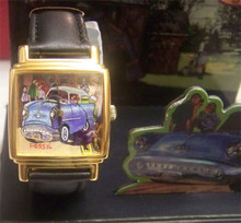 Fossil Hand Painted Watch Old Car on Canvas with Display LE-9420
