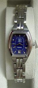 Duke Blue Devils Fossil Ladies Cushion Watch Three Hand Date Li3011