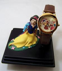 Snow White Dwarfs Everlasting Time Watch Walt Disney Collectible Set
