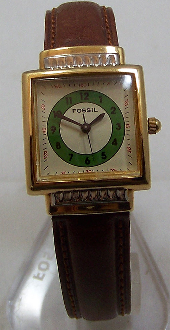 Fossil Vintage Watch Womens Square 50s Style Wall Clock