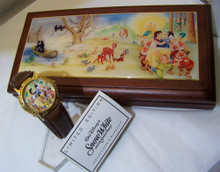 Snow White and 7 Dwarfs Watch in Tiled Wood Box Disney Limited Ed 5000