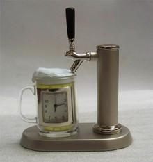 Beer on Tap Desk Clock Novelty Collectible Bar Mug Display Small Clock