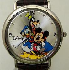 Mickey Goofy Donald Watch Disney 70 Years of Friendship Wristwatch