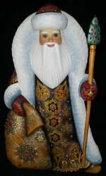 STRIKING RED & GOLD HAND CARVED & HAND PAINTED RUSSIAN SANTA CLAUS #4116