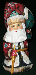 A TRADITIONAL RUSSIAN HAND PAINTED SANTA CLAUS #5561