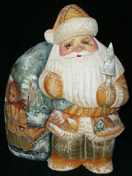 HAND CARVED & PAINTED SCENIC RUSSIAN SANTA #0330 GIANT SNOWBALL ON GIANT PACK