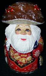 A TRADITIONAL HAND PAINTED RUSSIAN SANTA CLAUS #7558 MUSHROOM CAP
