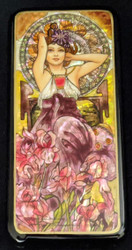 LOVELY MAIDEN-RUSSIAN HANDPAINTED MOTHER OF PEARL LACQUER BOX #0669 PINK LILIES