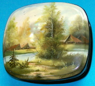 BEAUTIFUL HANDPAINTED RUSSIAN MOTHER OF PEARL BOX – COUNTRY VILLAGE SCENE #0076