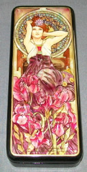 RUSSIAN HANDPAINTED MOTHER OF PEARL LACQUER BOX - LOVELY 1920'S MAIDEN #0648