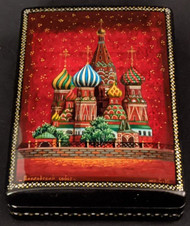 LOVELY HAND PAINTED RUSSIAN LACQUER BOX - ST BASIL'S CATHEDRAL/RED SQUARE #2000