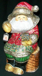 MARVELOUS OLD WORLD HAND CARVED RUSSIAN SANTA #2795 w/ TREASURE CHEST & LANTERN