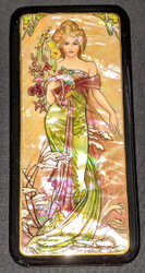 LOVELY MAIDEN - RUSSIAN HANDPAINTED MOTHER OF PEARL BOX #0676 BOUQUET OF FLOWERS
