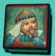 BLUE & RED MEDIEVAL CRUSADE SOLDIER ON RUSSIAN LACQUER BOX #0113