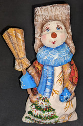 A FUN, WHIMSICAL HAND CARVED & HAND PAINTED RUSSIAN SNOWMAN #2851