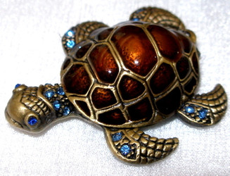 Jeweled Sea Turtle Enamel and Crystal Pewter Hinged Trinket Box