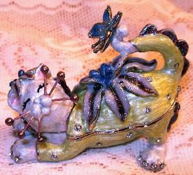 Whimsiclay Lily Cat and Flower Jeweled Enamel Jewelry Trinket Box