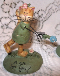 Kitty CAT in GREEN Dress A GIFT For YOU! Resin Figurine