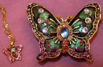 Bejeweled Green Butterfly with Austrian Crystals Enamel Trinket Box