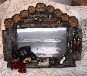 Northwood Black Bear Fishing Log Cabin Resin 4x6 Picture Frame