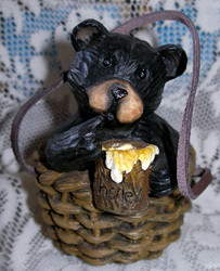Northwood Black Bear in Wicker Basket with Honey Pot Resin Figurine 3