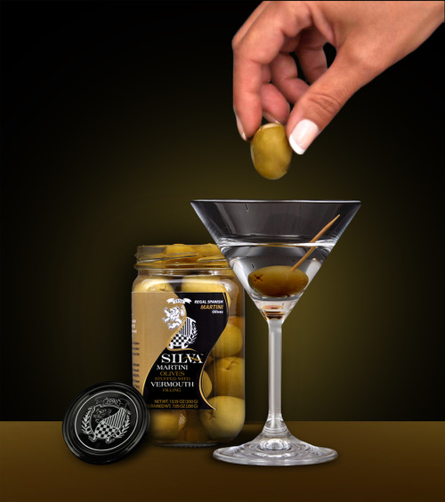 •Each delicious Olive is stuffed with an edible pod of vermouth. •Drop in an Olive and get that Hint of Vermouth in all your Gin or Vodka Martinis. •100% Natural - MSG Free – Naturally preserved in water •13.35 oz (350 g) Net W.