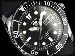 Seiko 5 Sports Men's Automatic SNZF17J2