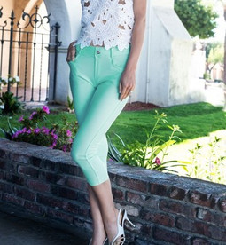 CJN-201 Mint Capri Jegging