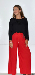 902 Red Pleated Pants