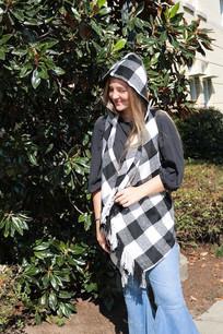 19A428 Black/Grey Hoodie Fringe Vest