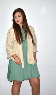4086 Beige Patterned Kimono