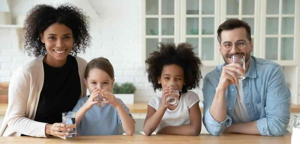 reverse-osmosis-drinking-water-for-family