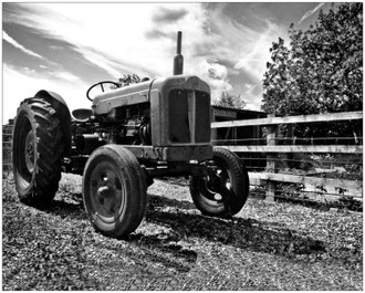 PL Tractor 25x20cm