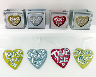 Love Hearts In Gift Bag 4 assorted sayings - In Display Pack