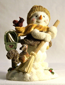 """ADORABLE SNOW PERSON SWEEPING THE SNOW BY MAILBOX WITH CARDINAL & SQUIRREL MEASURES 3 5/8"""" X 3"""" X 4 3/8"""""""
