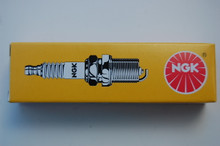 B8ES Spark Plug