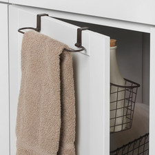 Grid Over the Cabinet Towel Bar & Medium Basket