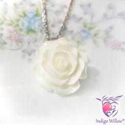 Rosalyn Breast Milk Pendant