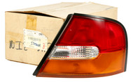 Right Tail Light Lamp Panel Mounted Fits 1998-1999 Nissan Altima  265509E025