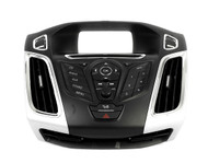 Ford Focus 2012-2013 AM FM Radio Control Panel w Bezel and Vents CM5T-18K811-AC