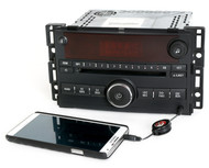 2006-2007 Saturn Ion Vue AM FM CD Player Radio w Auxiliary Input - 15878973