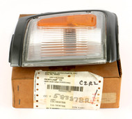 1992-95 Toyota 4Runner Front Right Park Lamp Turn Signal Light  81620-35201