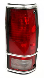1982-93 Chevrolet Base S10 S15 Sonoma Right Tail Light Lamp Part Number 16501210