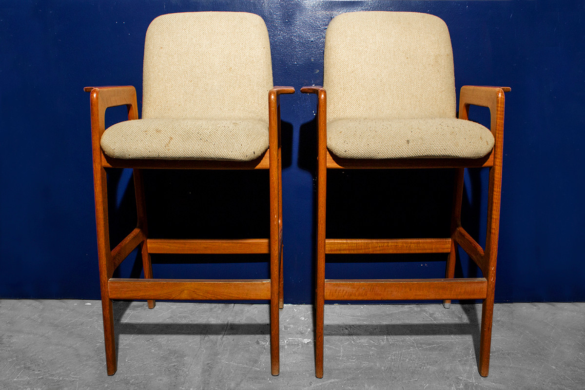 Sold Pair Of Benny Linden Mid Century Teak Barstools