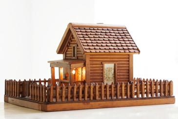 Antique American Folk Art Log Cabin, Free Shipping