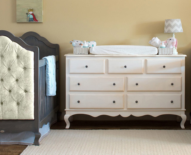 Hilary seven drawer dresser