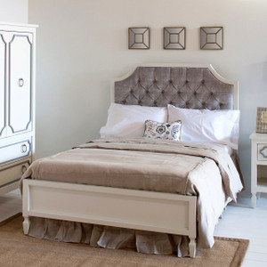 Beverly Bed with Tufted Panel, Full