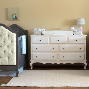 Hilary 7-Drawer Dresser