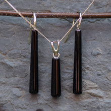 whitby jet drop pendant and earrings set in 9ct gold